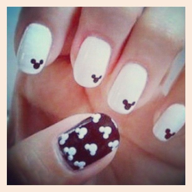 mickey mouse silhouette manicure #nailart | Nails | Pinterest | Uña ...