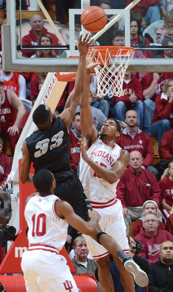 Devin Davis (15) #IUCollegeBasketball