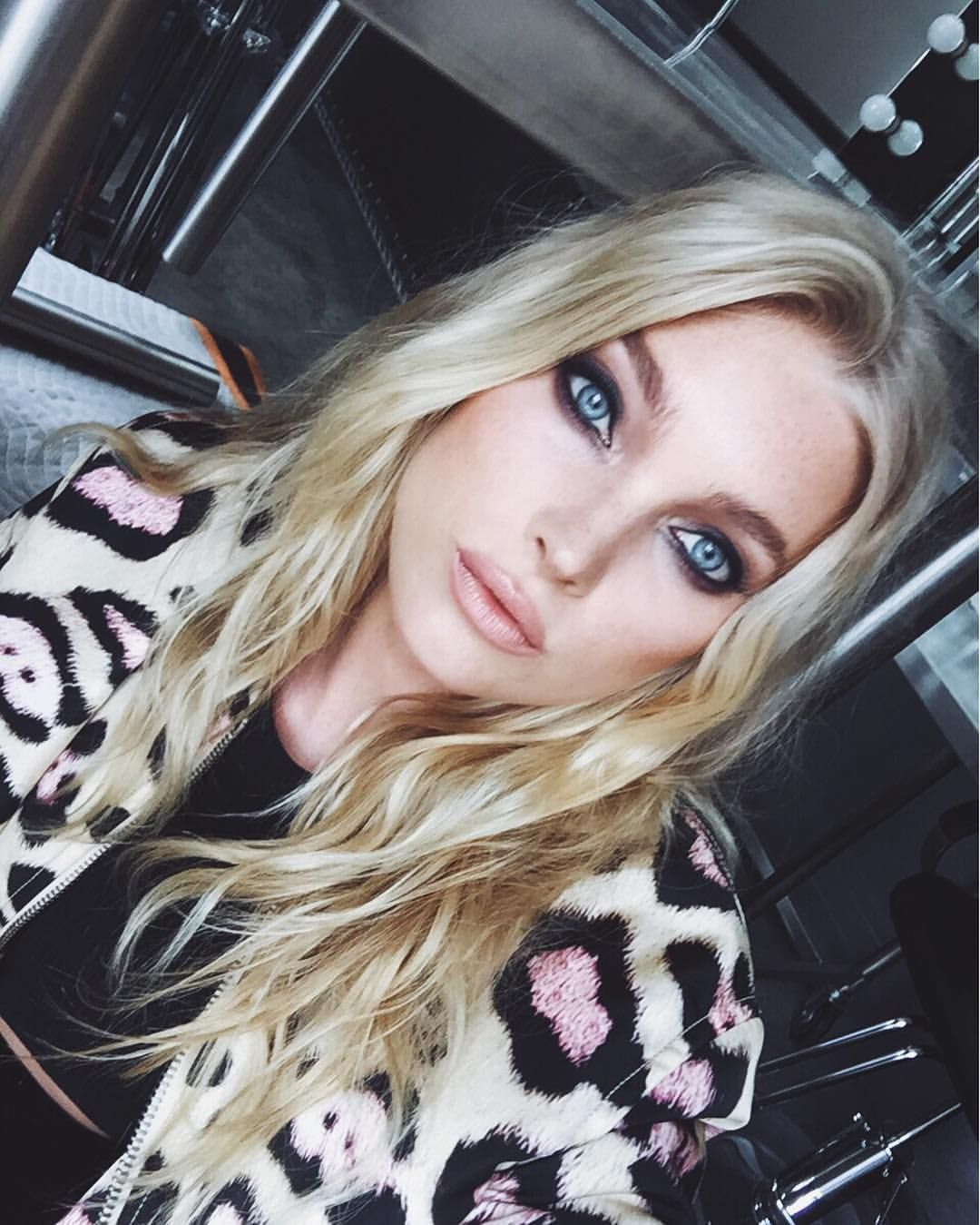 See this instagram photo by hoskelsa 944k likes hairbeauty 20 hot girl approved summer makeup looks for 2016 baditri Image collections