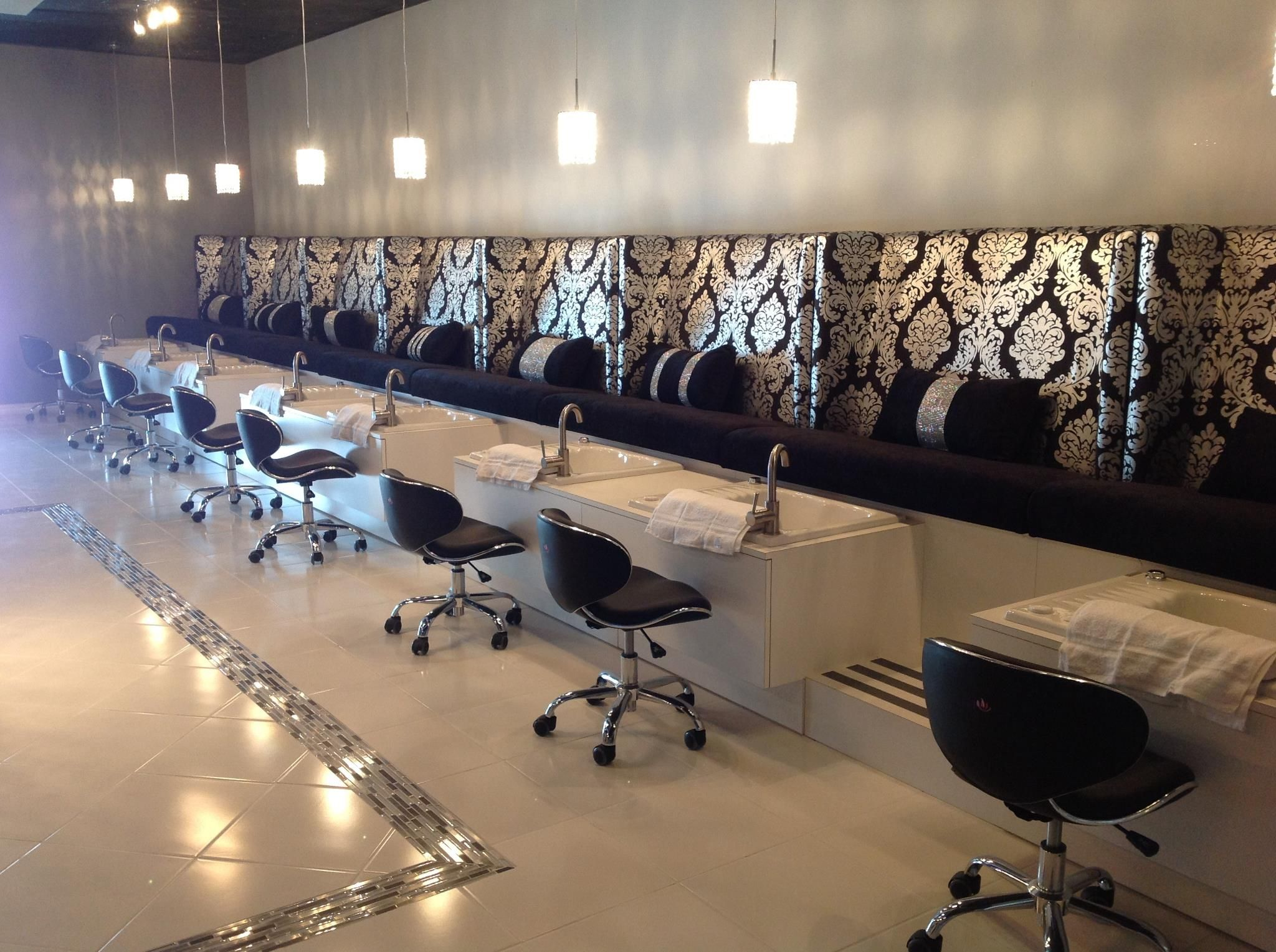 Sophie Pedicure Bench Lovely Nails Nail Salon Furniture Salon Furniture Luxury Nail Salon
