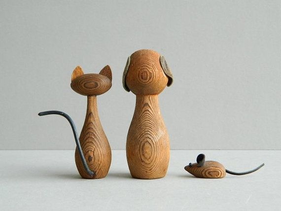 Moderne Figuren modern cryptomeria wood cat and mouse trio die maus