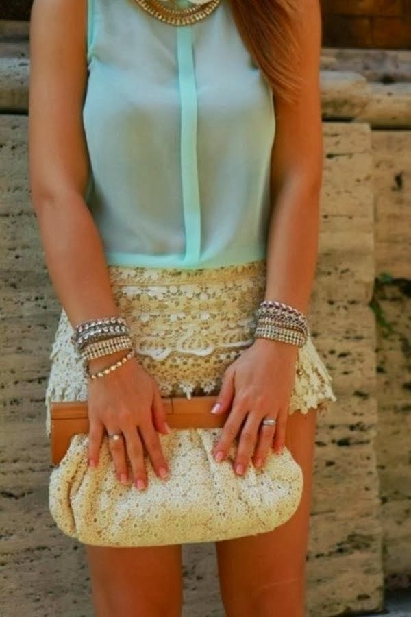 Lace Mini Skirt With Sleeveless Shir