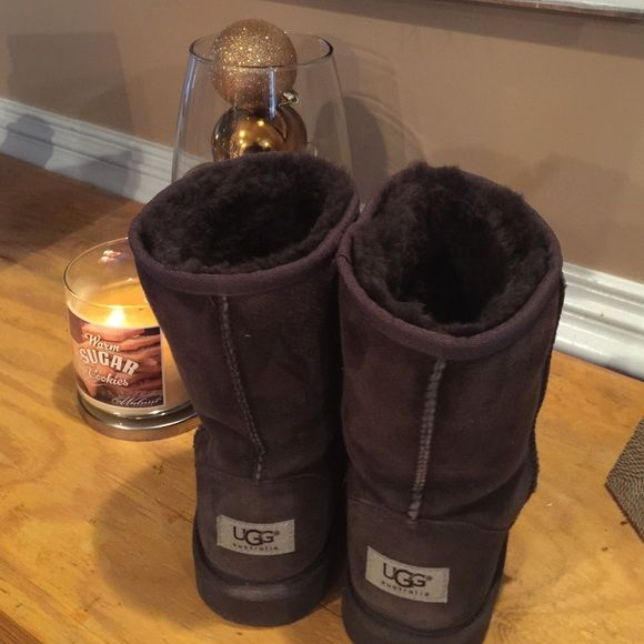 Chocolate brown UGG boots.  Women's size 6. Chocolate brown ugh boots.  U.S. Women's size 6.  Gently worn.  My daughter has outgrown them. UGG Shoes Winter & Rain Boots
