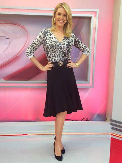 Chiquérrima, Ana arrasou ao vestir uma saia midi preta combinada à blusa de  manga 3 1096081779