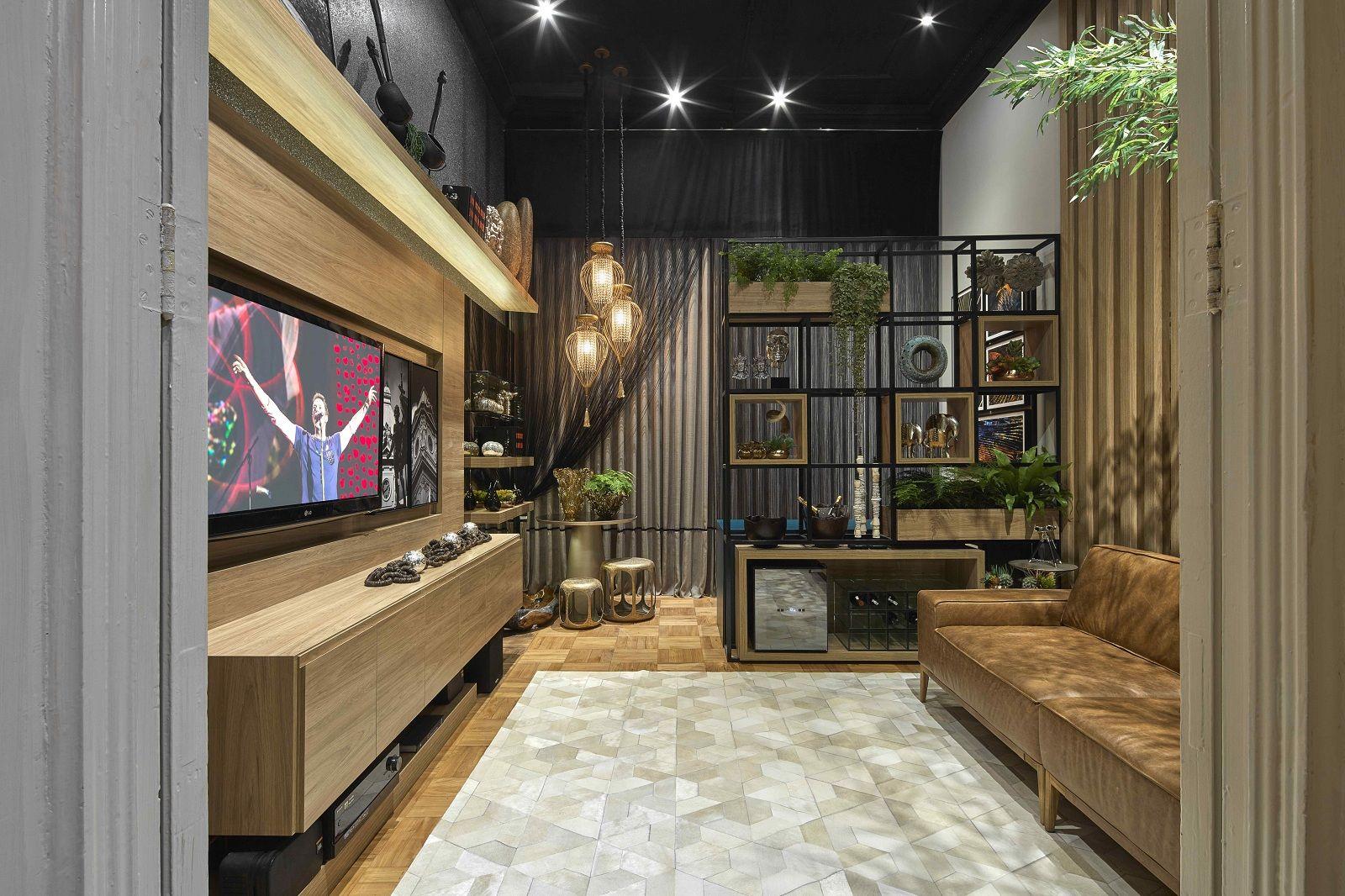 Nichos Metal Com Vasos De Plantas Como Op O De Divisoria Sala De  -> Vasos Na Sala De Tv