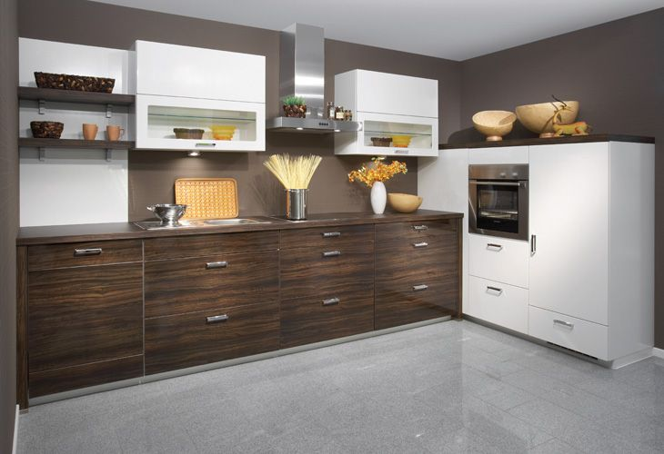 Küche in dunklem Holz #Holzküche #Eckküche www.dyk360-kuechen.de ...