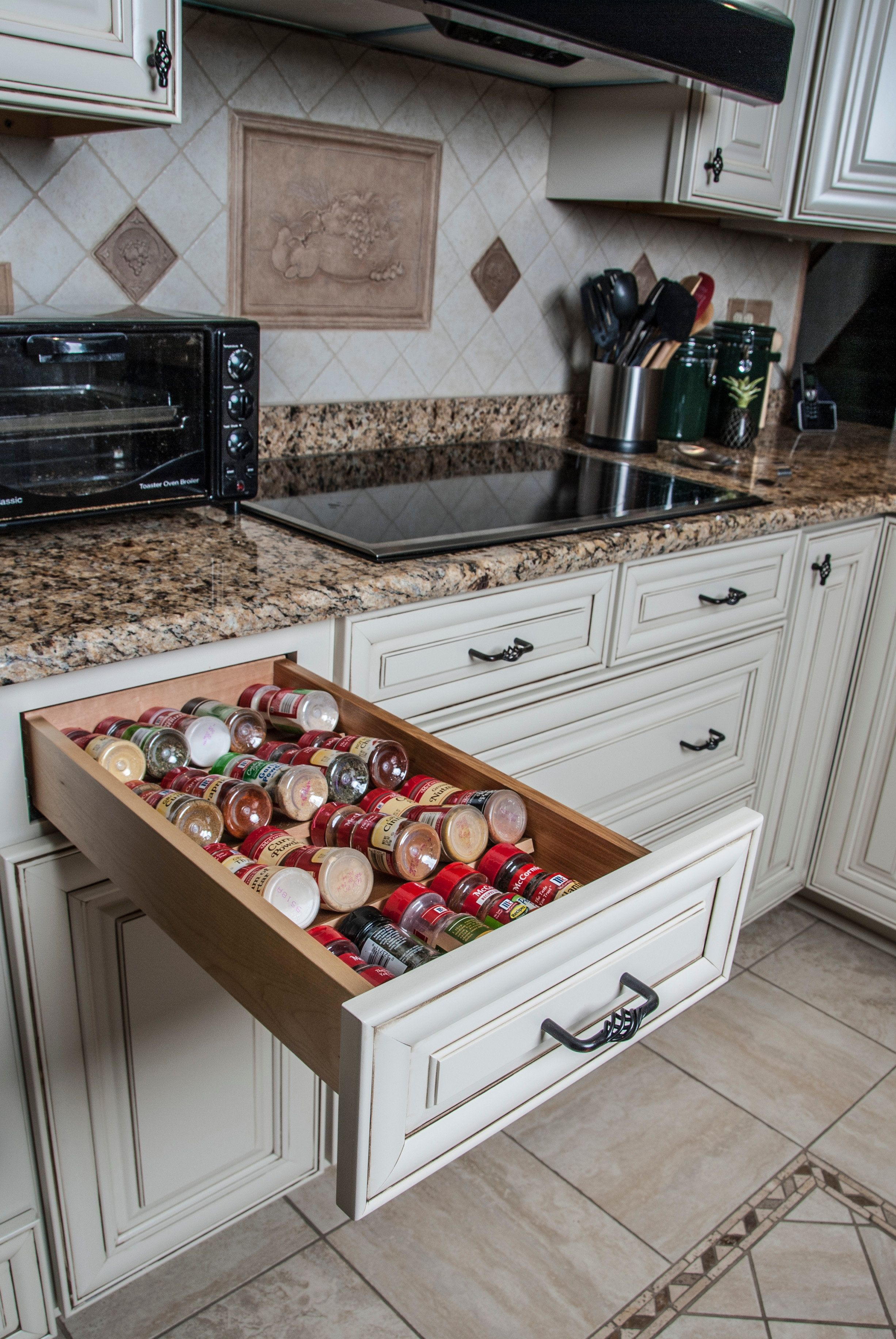 Off White Cabinets With Antique Glaze Birds Nest Hardware Oil Rubbed Bronze Hardware Drawers Under Cook Top Custom Kitchen Cabinets Kitchen Kitchen Design
