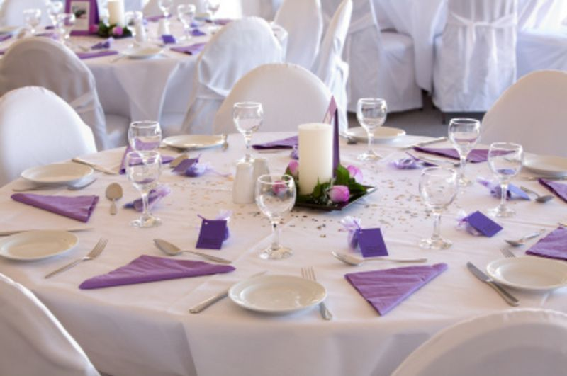Good and beautiful wedding table decorations will make your