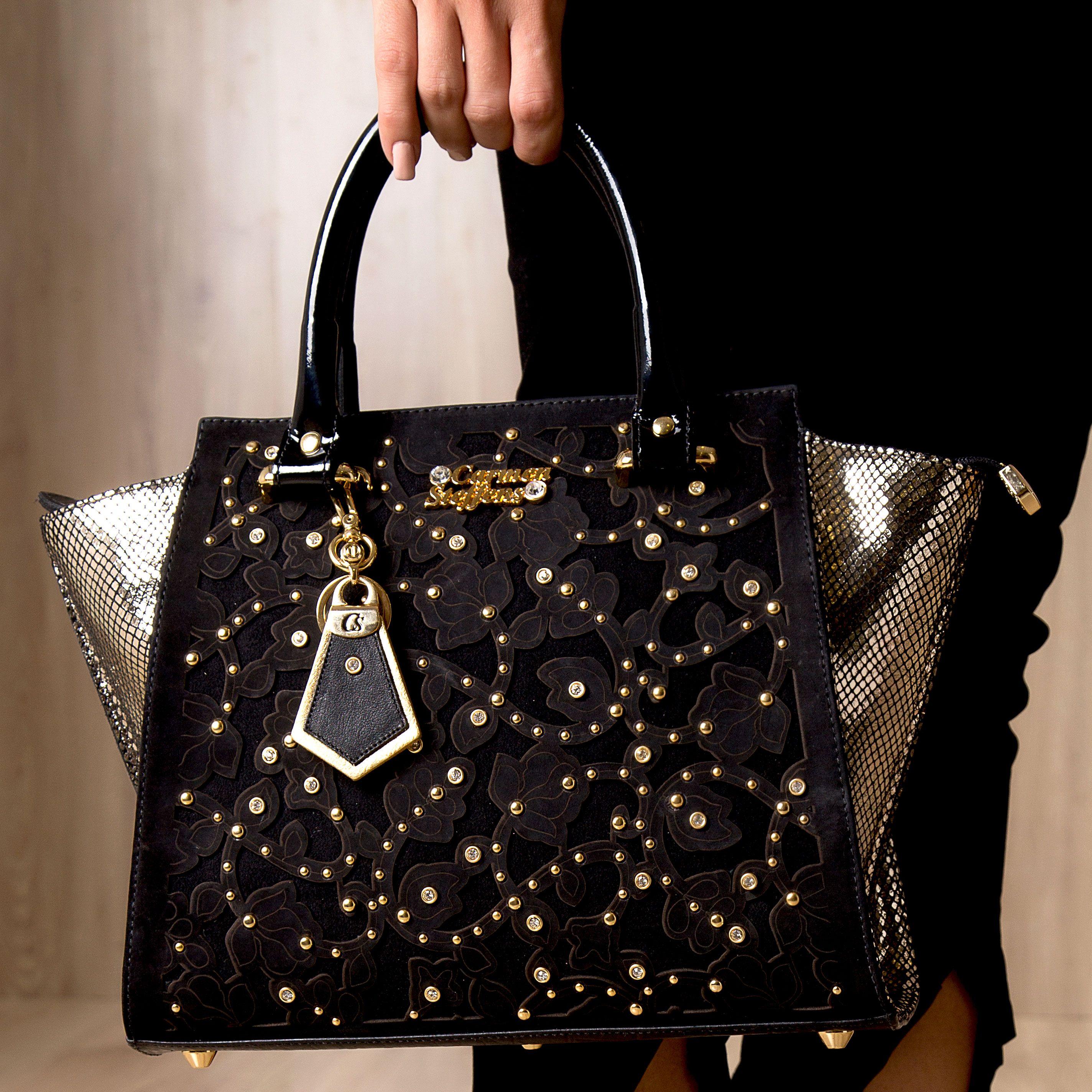 2318778e25 Bolsa Recortes Gold Black Carmen Steffens. A Linha Secret CS está  irresistível e cheia de novidades!