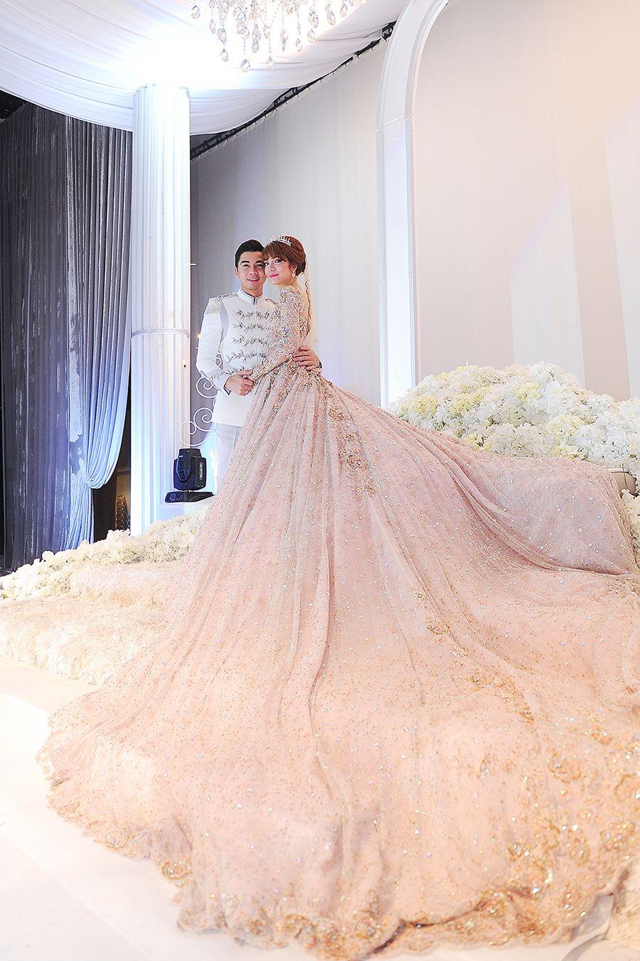 Amar Baharin And Amyra Rosli S Fairytale Wedding Fairytale Wedding Gown Wedding Gowns Wedding Dresses