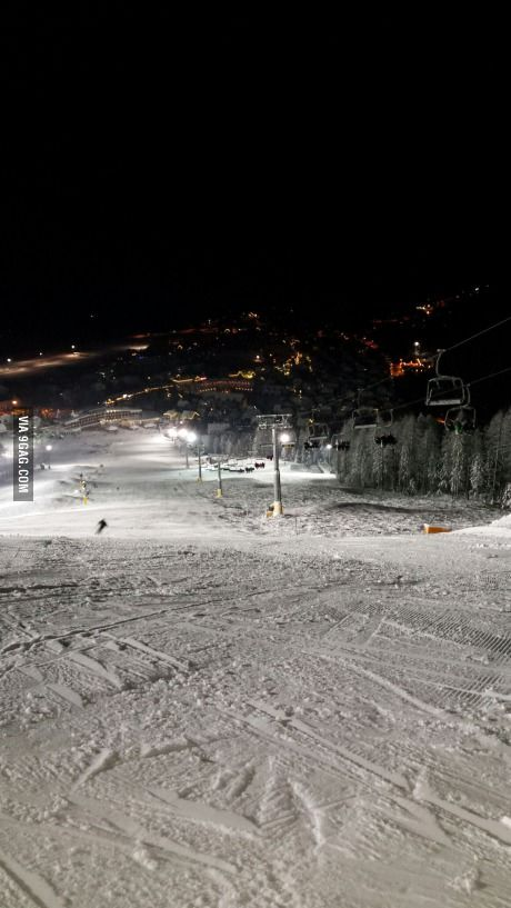 Beautiful night skiing in kranjska gora (slovenia)