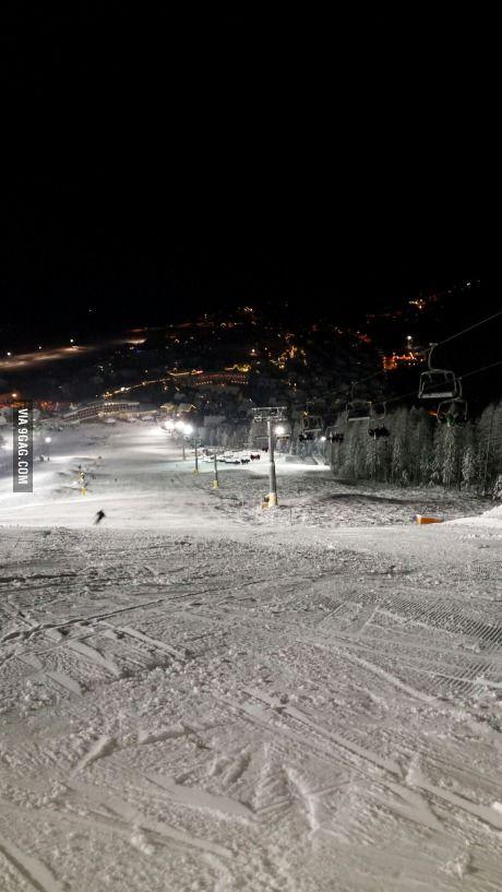 Beautiful night skiing in kranjska gora (slovenia)