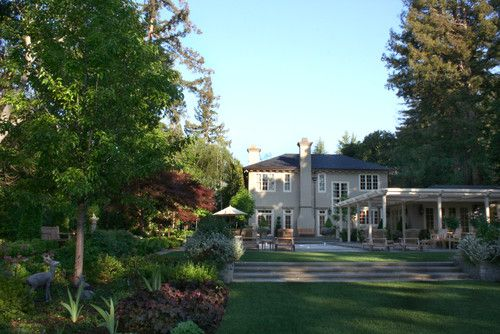 Peninsula Estate 02 (Design by Suzman Cole Design Associates) traditional landscape