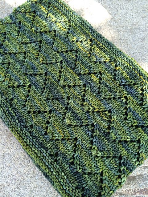 Downton Cowl by Shannon Cook. malabrigo Rios in Ivy. | Knitting ...