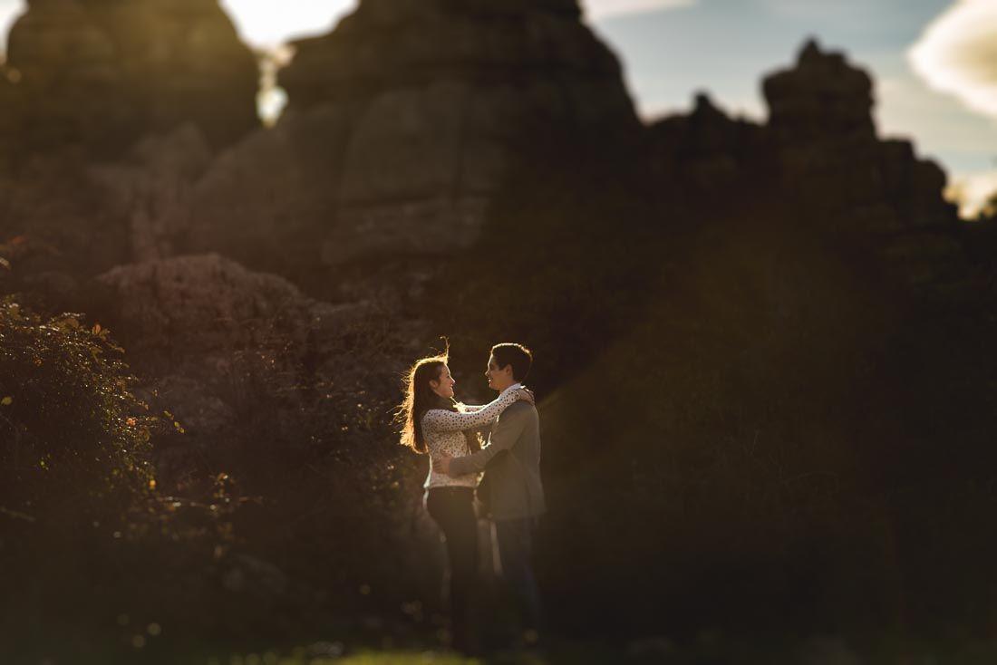 Fotografo bodas Malaga - Juan Justo. Fotografia preboda Raquel y Diego en el Torcal de Antequera (Malaga). Sesión de pareja en el Torcal de Antequera. Sesión de pareja preboda en Málaga.