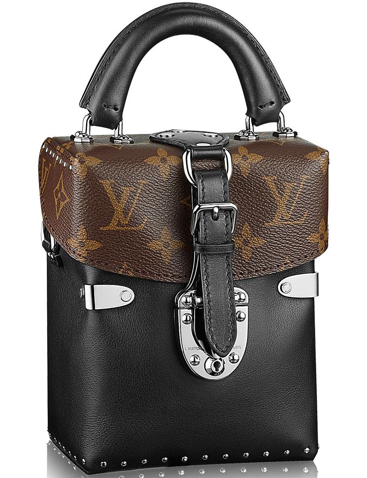 Louis Vuitton Reversed Monogram Camera Box Bag  88d201d9ac3b1