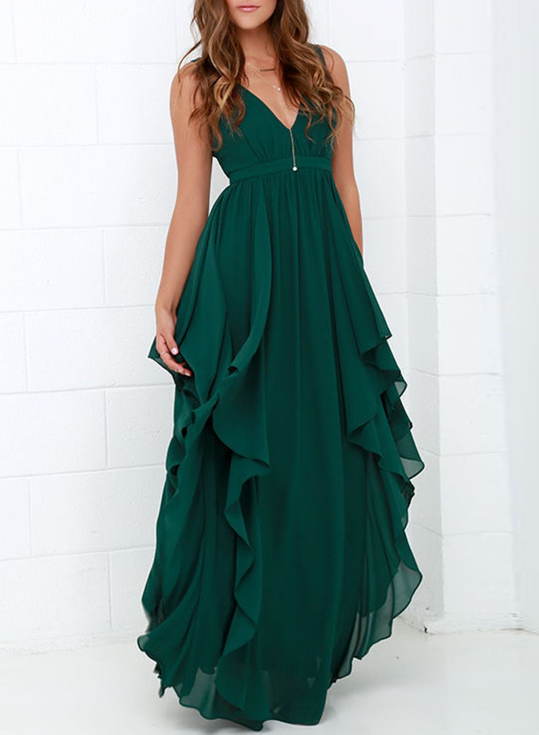 The dress made from chiffon with deep v flouncing design and sleeve