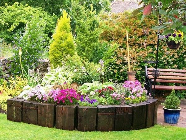 garden decorating ideas railway sleepers raised flower bed design ideas - Raised Flower Bed Design Ideas