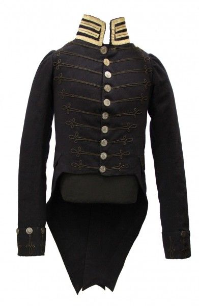 This Mississippi Territorial Militia uniform coat was worn by Andrew Marschalk, who was a newspaper publisher in Natchez. Marschalk was a major in the Mississippi Territorial Militia from 1809 to 1811 and became a colonel in 1811. The uniform was handed down through his family and donated to the Department of Archives and History in 1992, by his great-great-great-grandson.