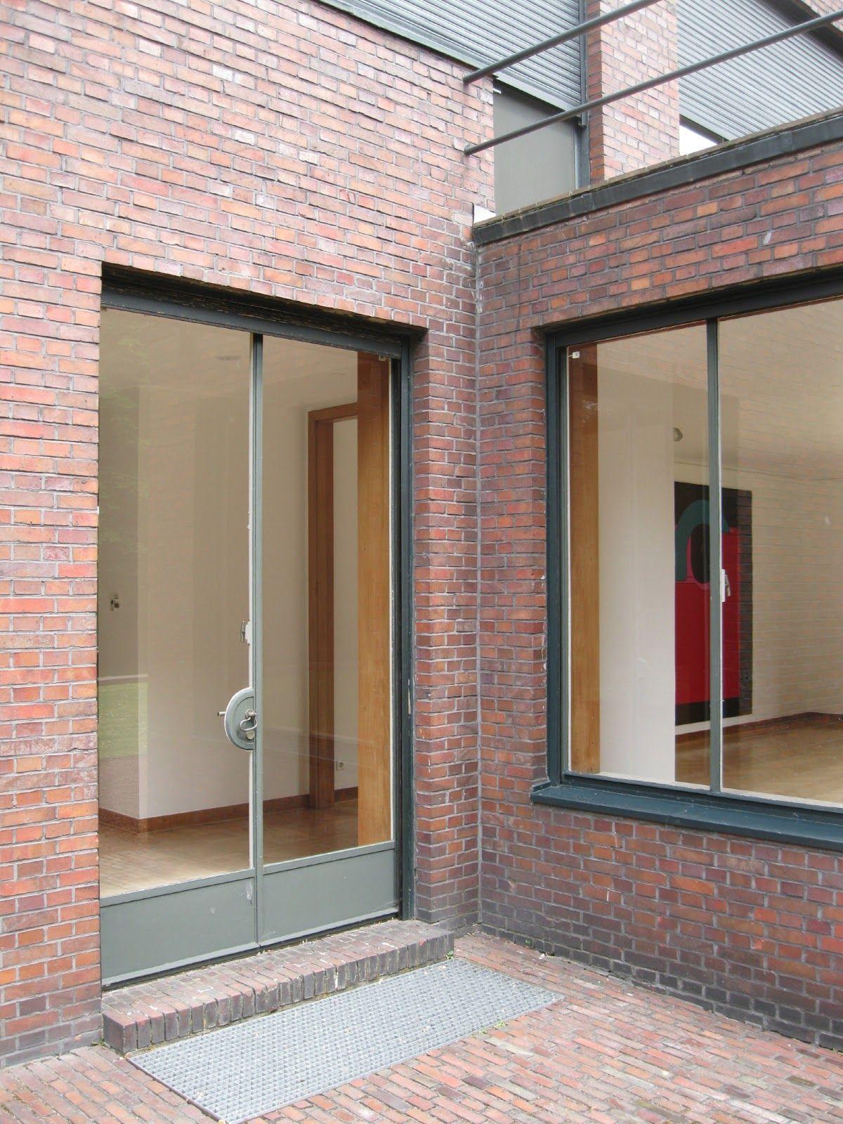 mies van der rohe brick detail haus lange and haus. Black Bedroom Furniture Sets. Home Design Ideas