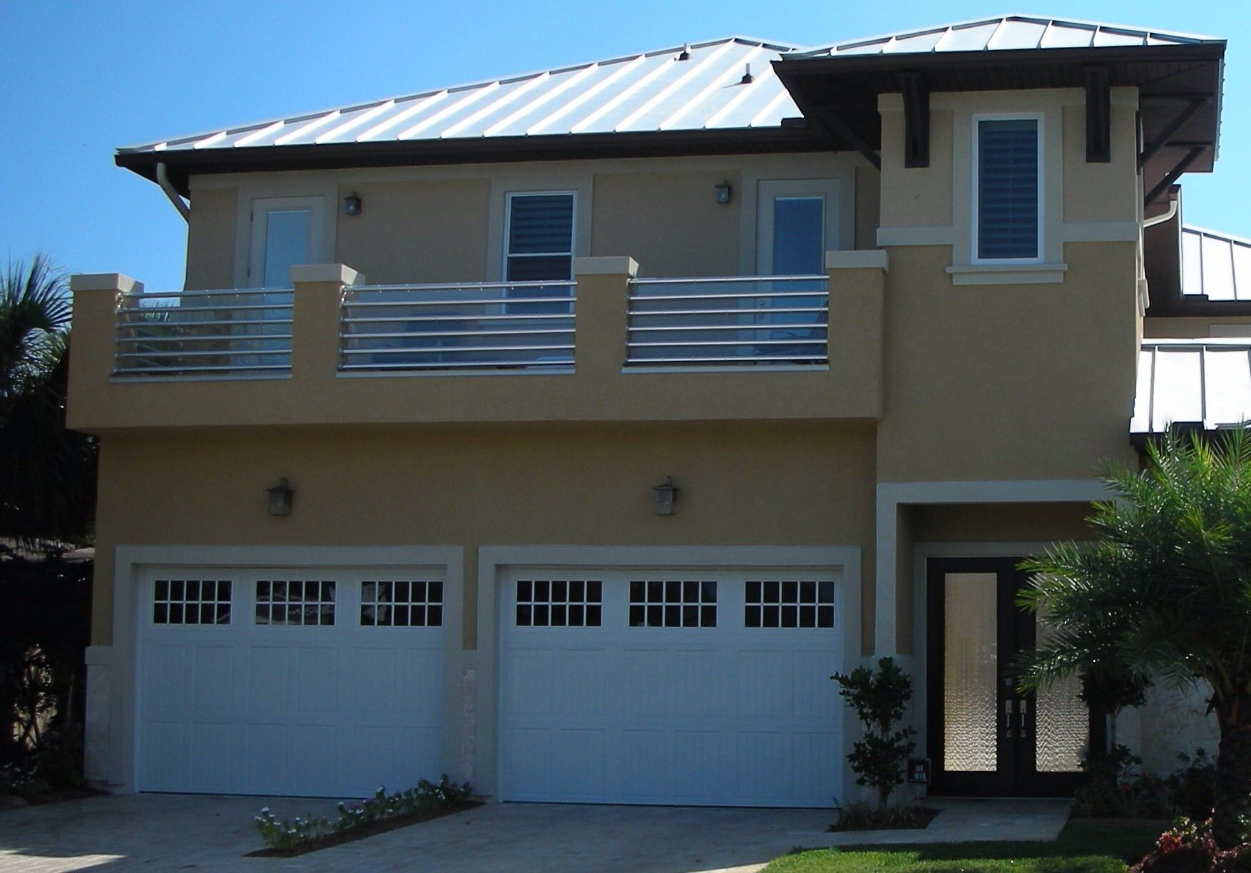 2 12 X 8 Custom Garage Doors Add Great Curb Appeal To This Jacksonville Beach Fl Home Custom Garage Doors Doors Garage Doors