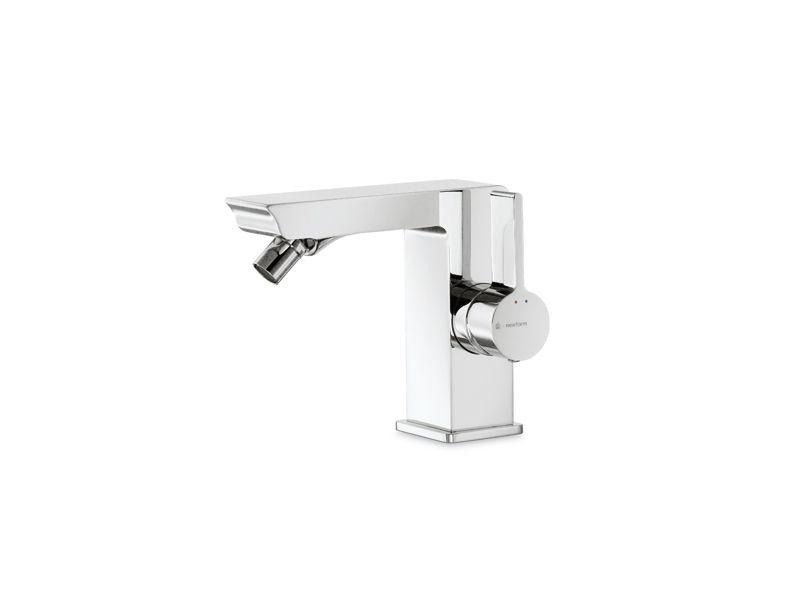 LIBERA Miscelatore per lavabo by #NEWFORM #bath #design #faucet ...
