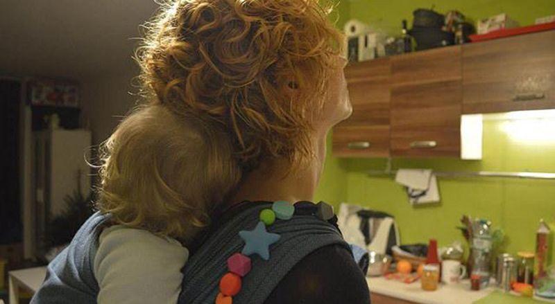 O babywearing permite inúmeros benefícios para a mãe e para o bebé, a curto, médio e longo prazo.