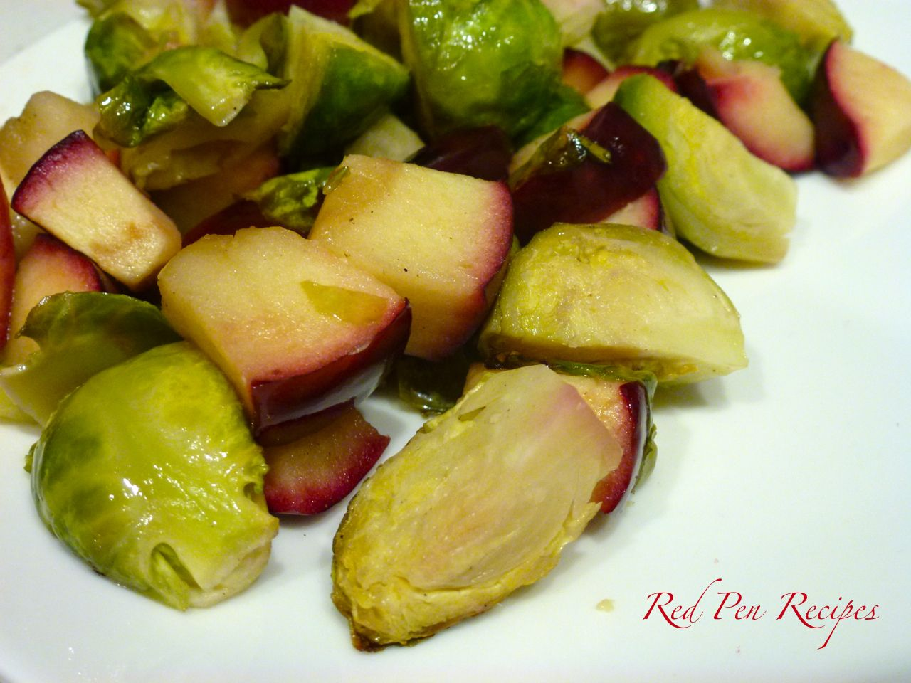 Roasted brussels sprouts with apples