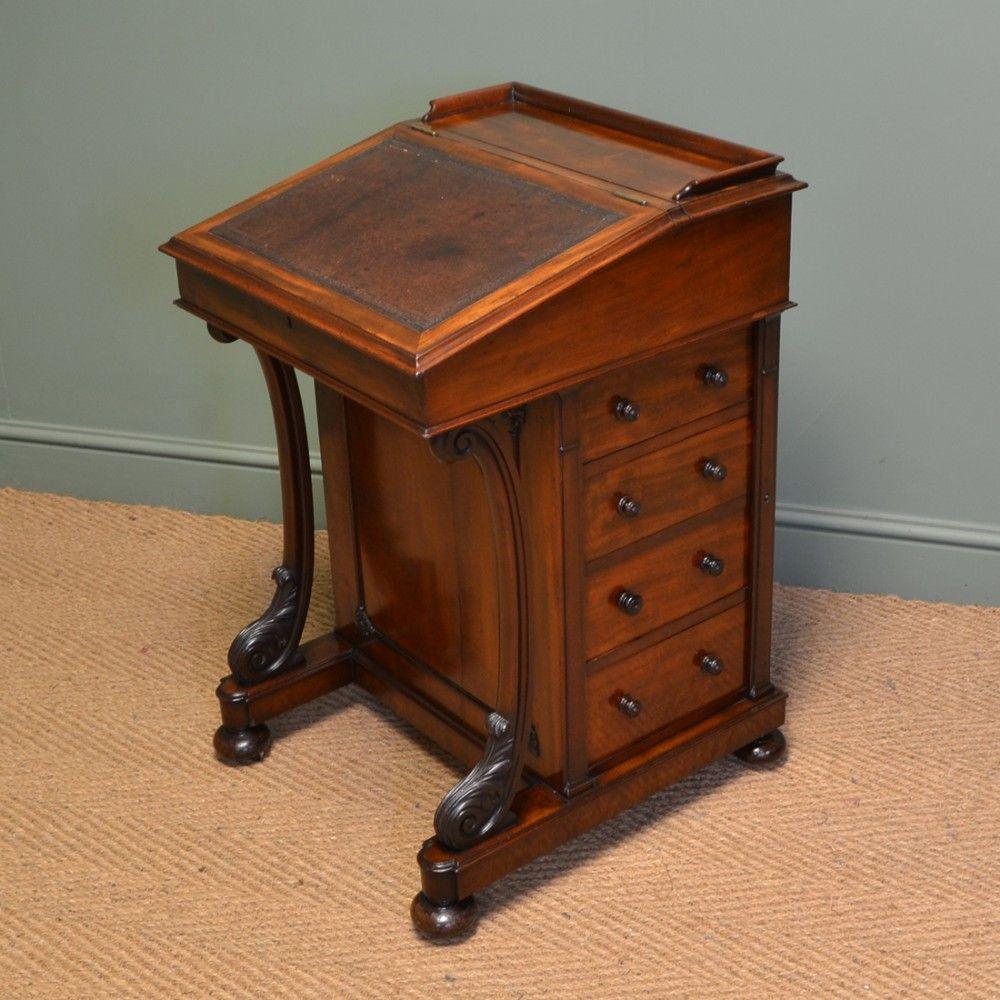 http://www.sellingantiques.co.uk/527873/fine-quality-victorian-mahogany- antique-davenport-writing-desk/ - Http://www.sellingantiques.co.uk/527873/fine-quality-victorian