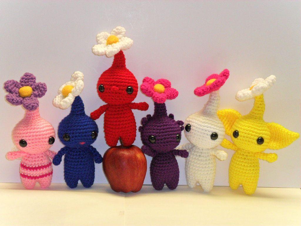 Hide your food and trinkets kids, the Pikmins are here. Pikmin's videogames are the stressful games I have ever played, I hate when my Pikmins are eaten; accept it, it will happen If you are wonder...