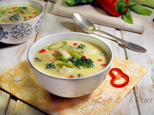 Крем супа от пиле със зеленчуци