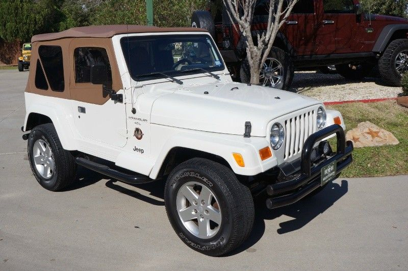 New Arrival 2000 White Jeep Wrangler Sahara With Only 104k Miles