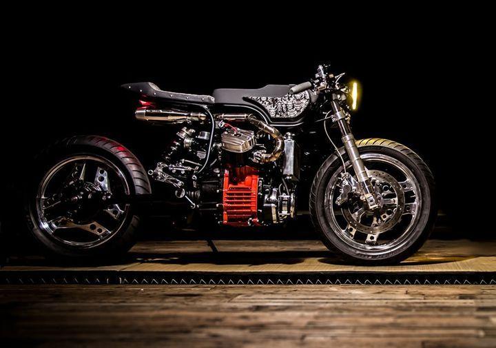 amazing! honda cx500 cafe racered turner #motorcycles
