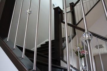 Best Stainless Steel Spindles Mixed With Crystal Detail 400 x 300