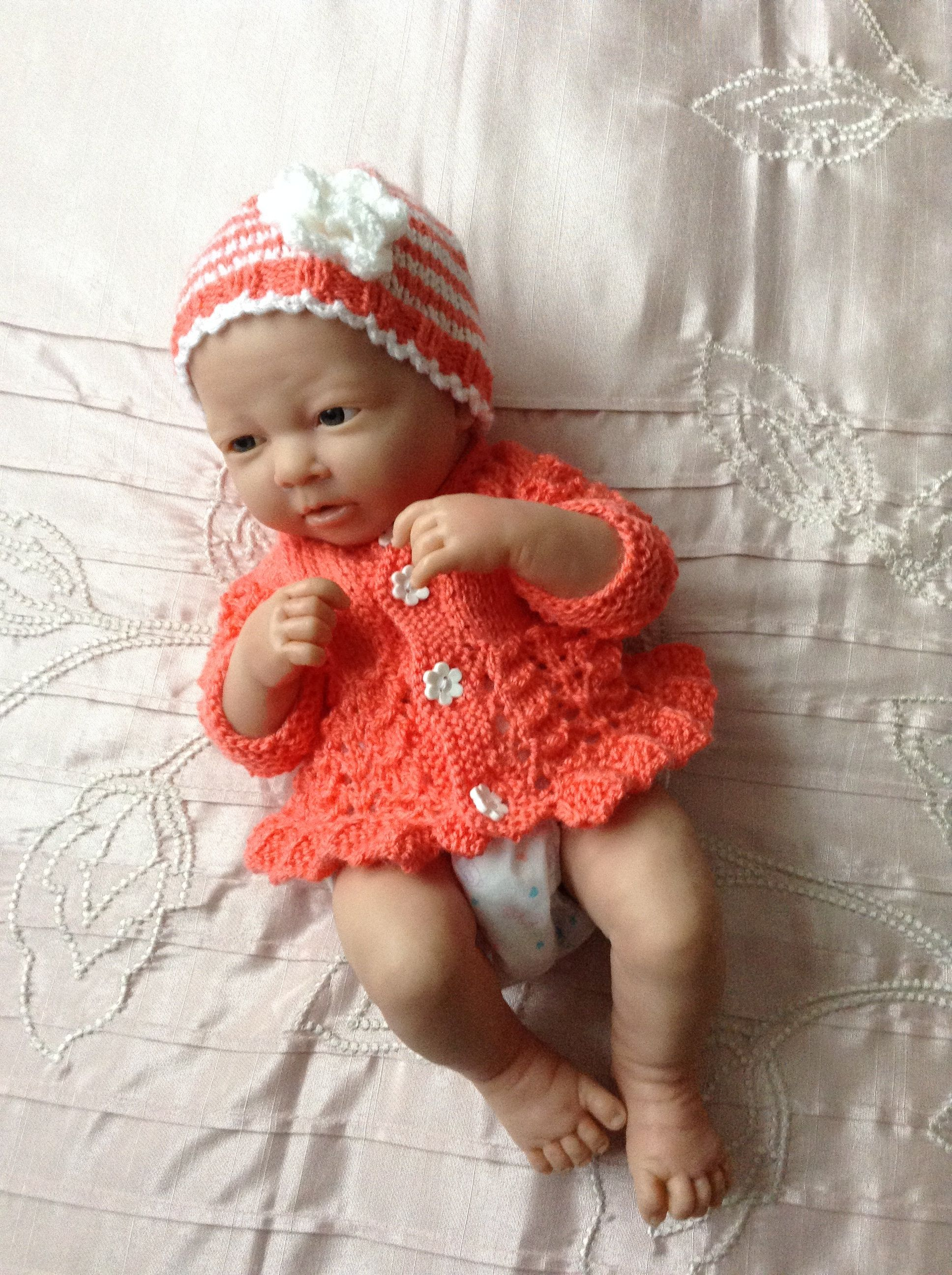 3942f0d3351 Hand knitted Cardigan jacket and hat set to fit 14
