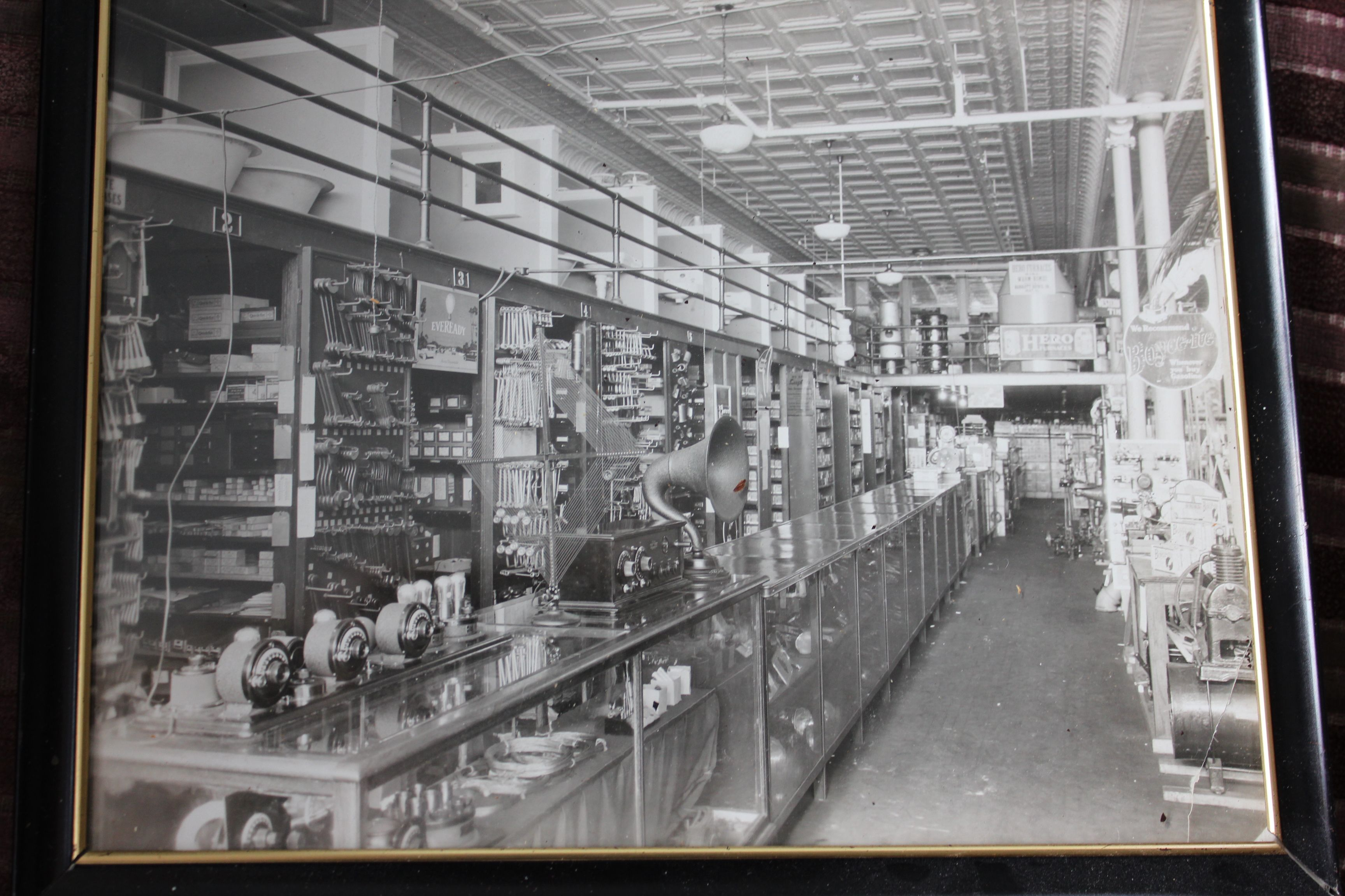 Original Barrett Family Photograph Of Barrett S Hardware Joliet Illinois Joliet Illinois Joliet Illinois