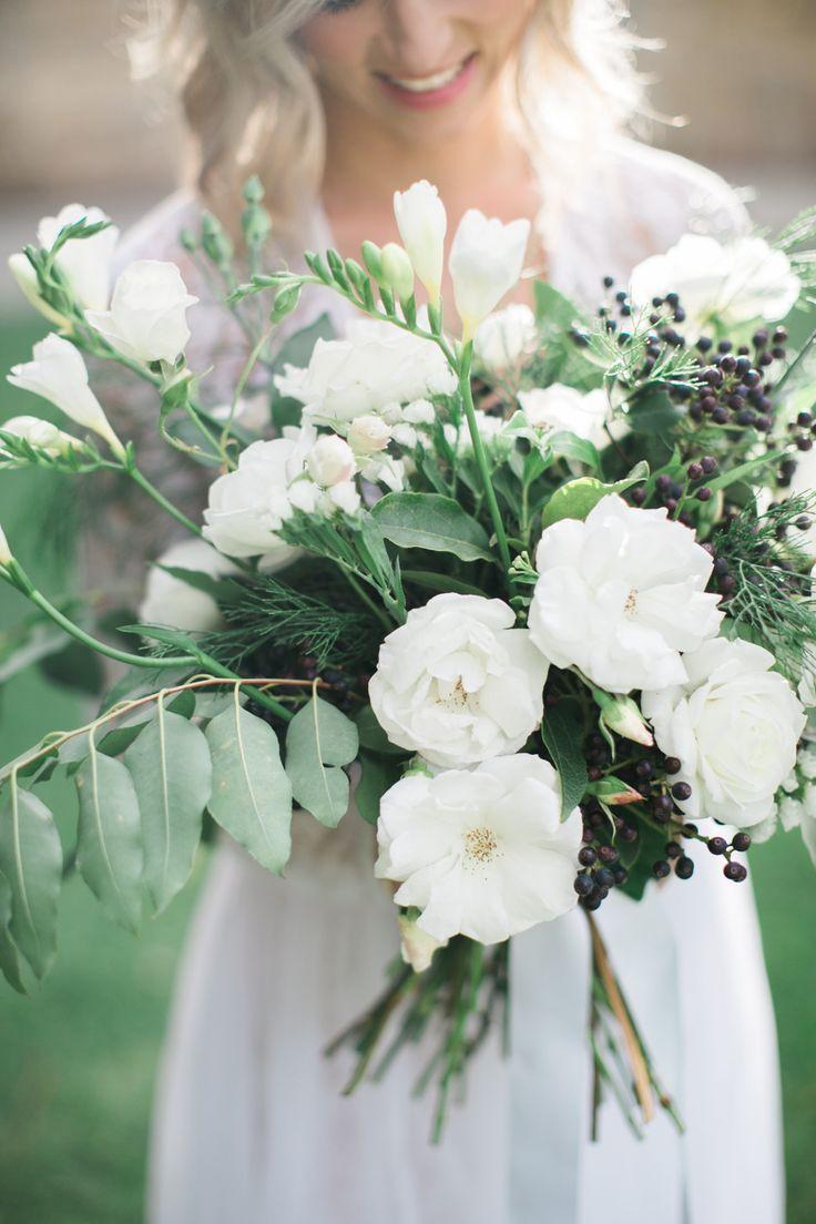 White Fresh Flowers Wedding Bouquet