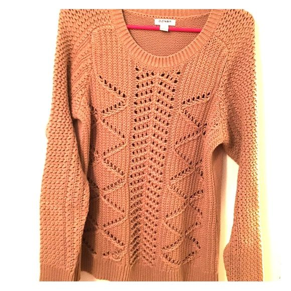 Old Navy camel boyfriend sweater Loose knit comfy sweater Old Navy ...