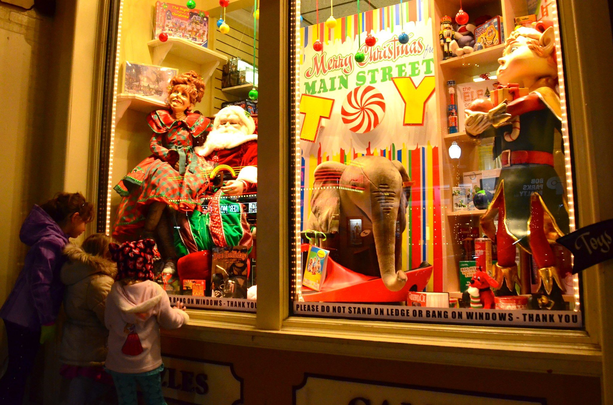 Christmas Toy Store : Toy store window display google search displays
