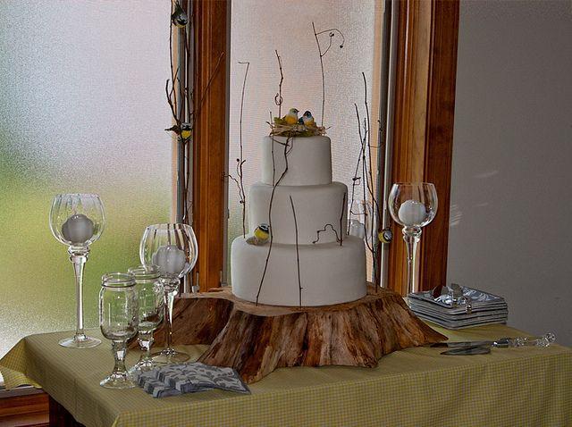A Beautiful Rustic Wedding Cake Table Idea