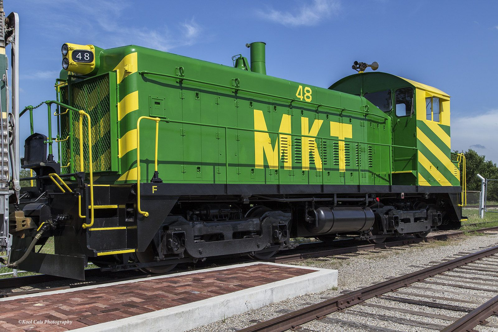 https://flic.kr/p/uXm5hz | MKT Loco No. 48 | Photo taken at the Oklahoma City Railway Museum in Oklahoma. This locomotive was newly restored by volunteers.