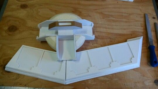 How to make a yugioh duel disk mostly from cardboard | cosplay diy.