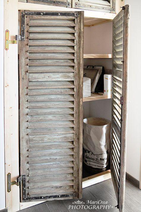 Vieux volets id es pour placard oeil du salon d coration pinterest vieux volets volets - Transformer des vieux meubles ...