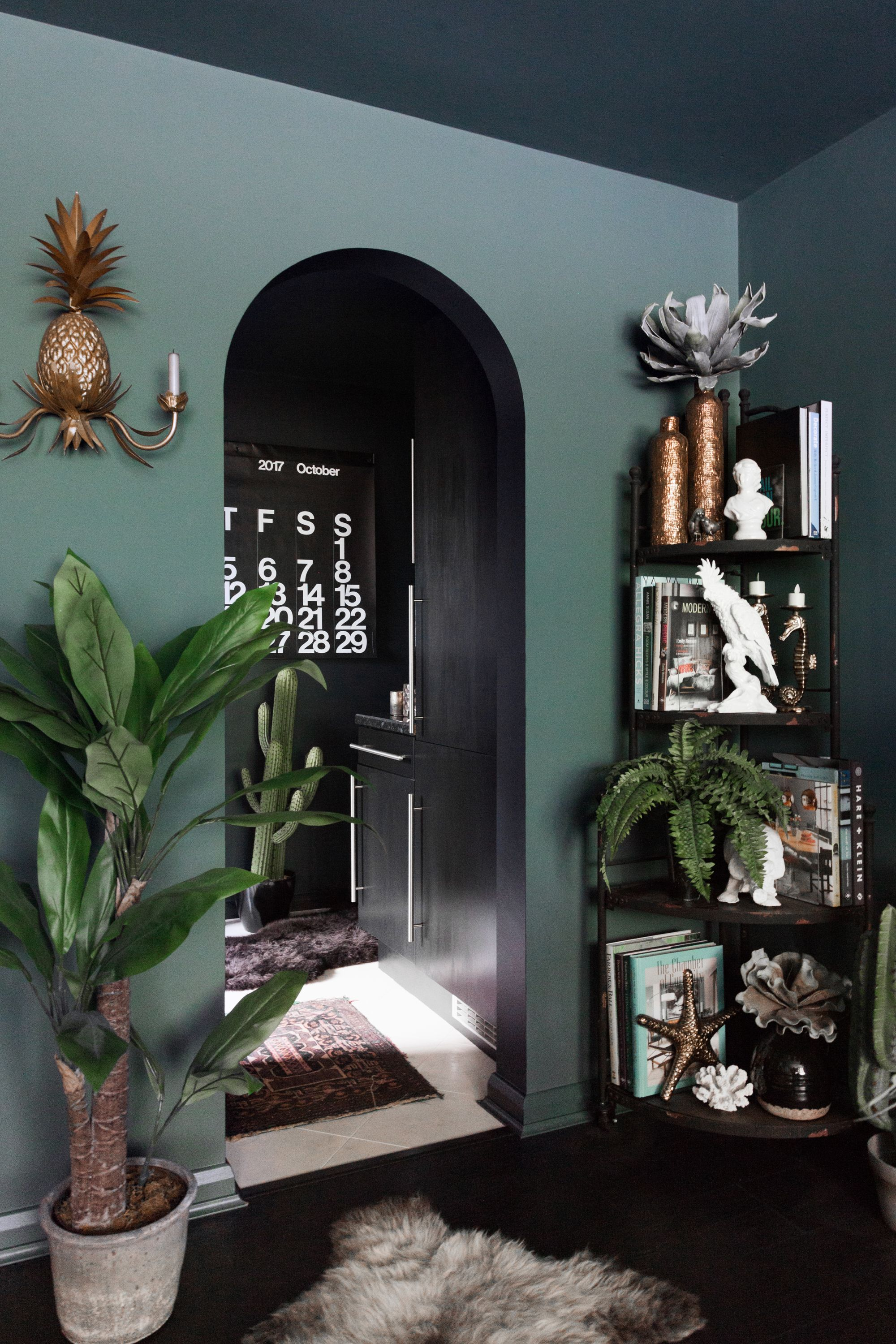 A Dramatic Maximalist London Flat Is Dark Eclectic And