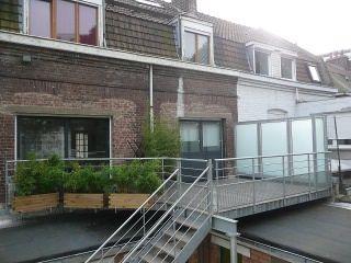 metal et concept terrasse m tallique suspendue et mezzanine ext rieure garten garden. Black Bedroom Furniture Sets. Home Design Ideas