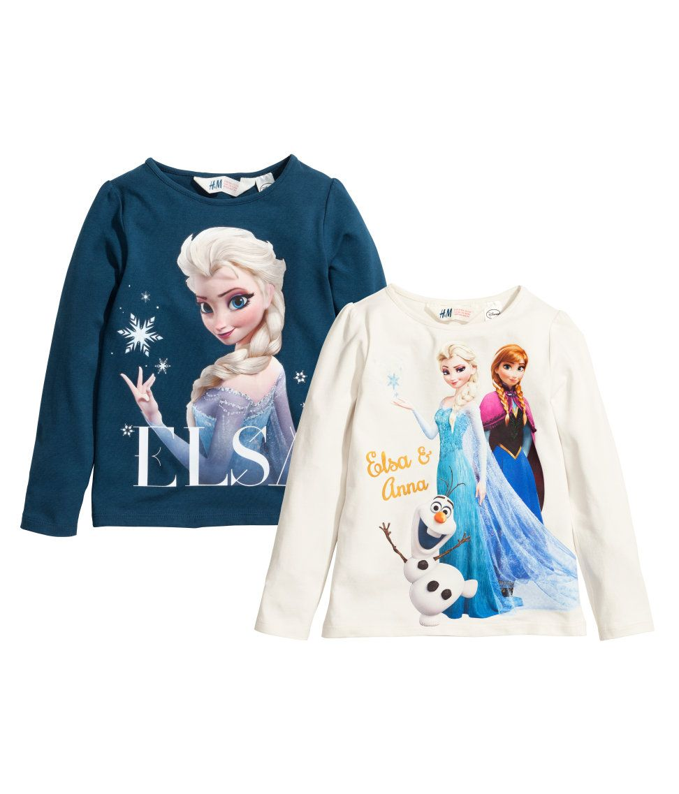 Elsa flashes risque hand gesture on this frozen shirt so parents