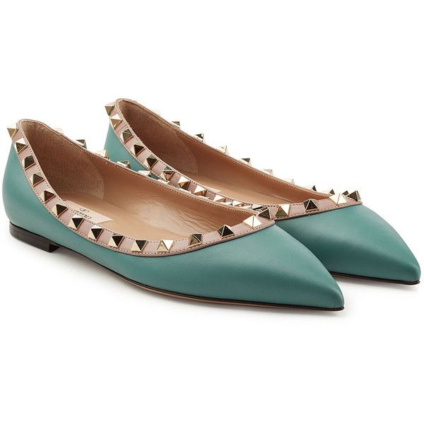 Valentino Rockstud Leather Ballerinas (3 805 SEK) ❤ liked on Polyvore featuring shoes, flats, turquoise, ballet shoes, urban style flats, pointy toe ballet flats, ballet flat shoes and leather ballet flats