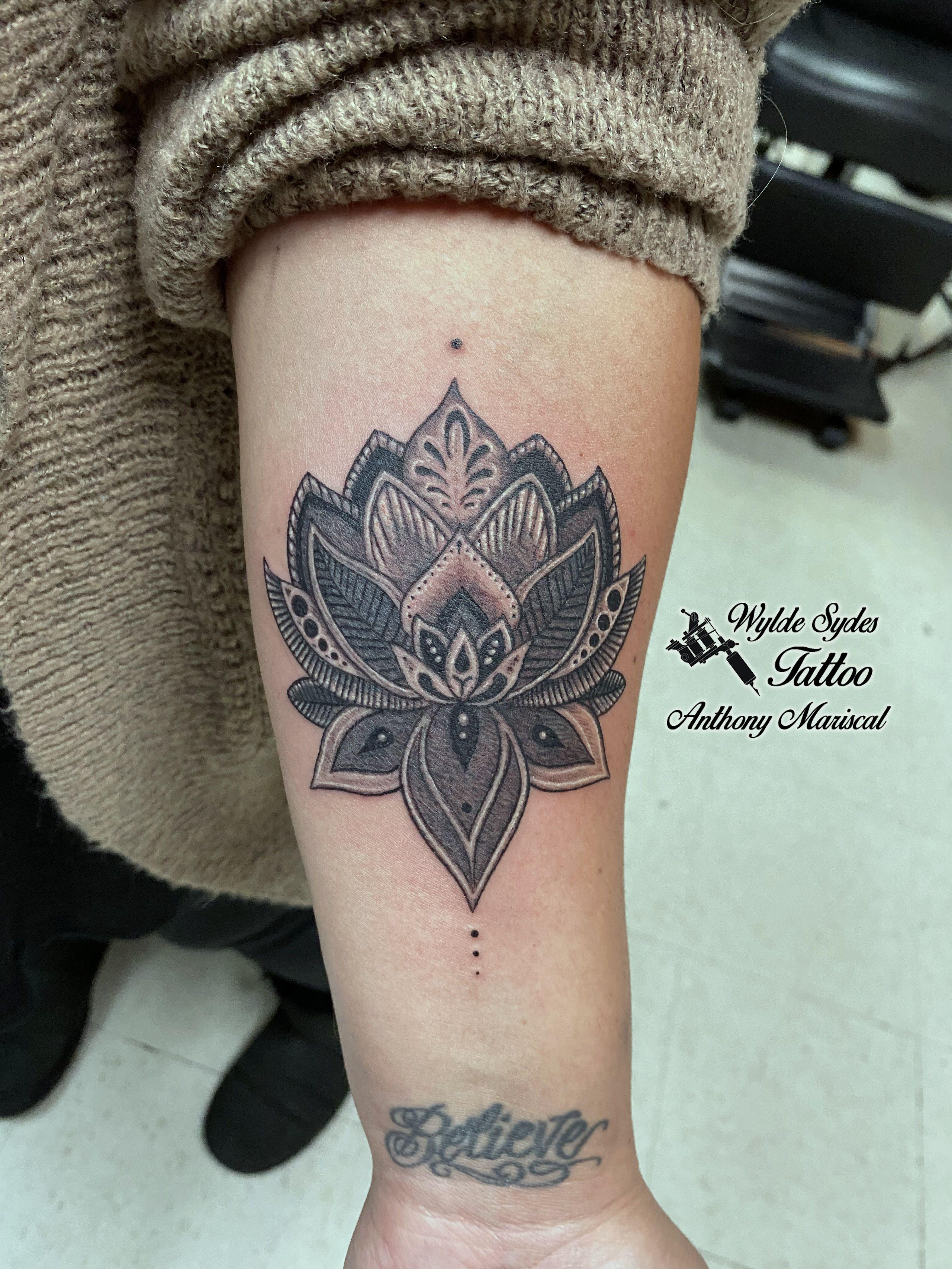 Henna Lotus Flower Tattoo Professionist 14 Mehndi Style Tattoo Professionist Tattoo Flower Tattoo Lotus Flower Tattoo Design Lotus Flower Tattoo