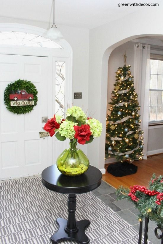 christmas decorating ideas for the foyer foyers mudroom and small spaces - Christmas Decorating Ideas For Foyer