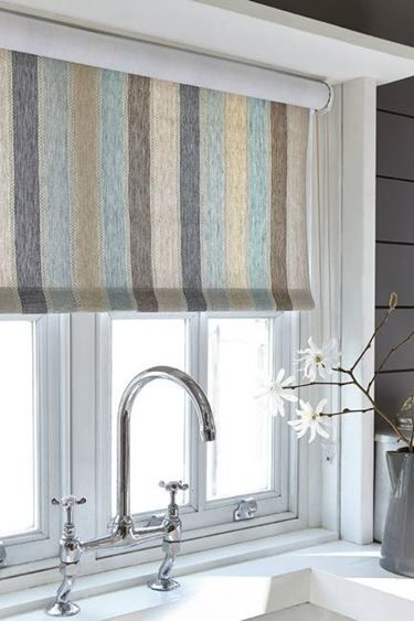 Tessuti Sanderson tende cucina | CORTINAS | Curtains with blinds ...